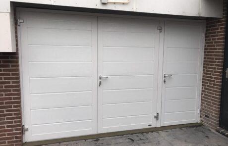 Openslaande garagedeuren op maat bij Van Ewijk Zonwering in Lelystad Dronten Swifterbant en Almere 9
