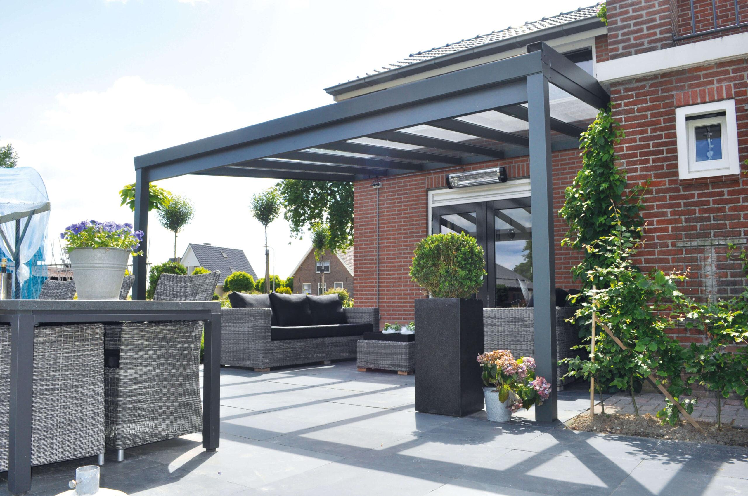 Overkapping op maat bij Van Ewijk Zonwering in Lelystad Dronten Swifterbant en Almere 0A scaled
