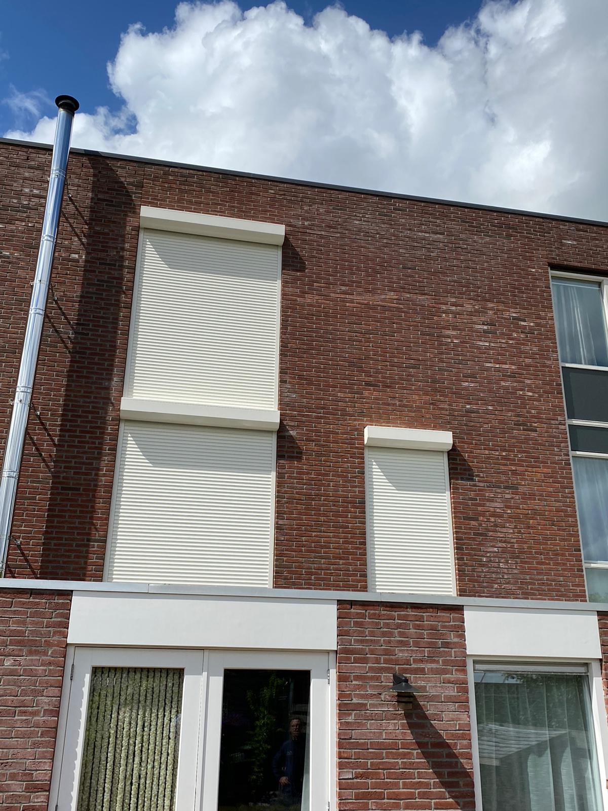Rolluiken op maat bij Van Ewijk Zonwering in Lelystad Dronten Swifterbant en Almere 05