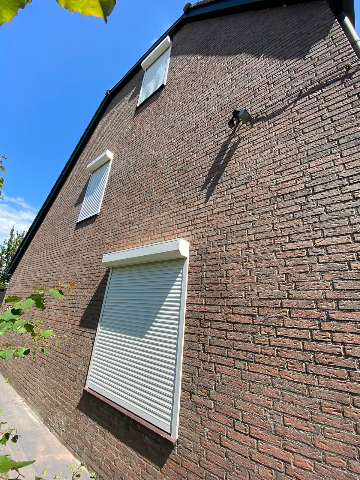Rolluiken op maat bij Van Ewijk Zonwering in Lelystad Dronten Swifterbant en Almere 07