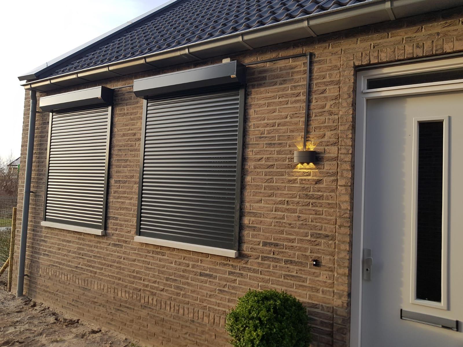 Rolluiken op maat bij Van Ewijk Zonwering in Lelystad Dronten Swifterbant en Almere 09