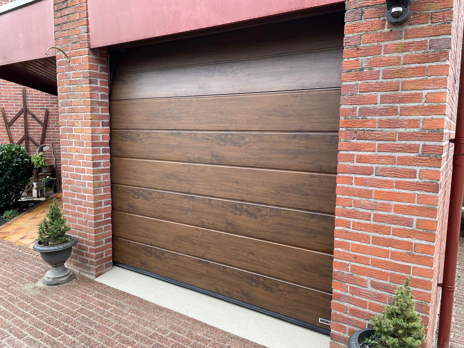 Sectionaaldeuren op maat bij Van Ewijk Zonwering in Lelystad Dronten Swifterbant en Almere 01