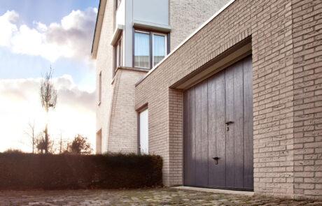 Sectionaaldeuren op maat bij Van Ewijk Zonwering in Lelystad Dronten Swifterbant en Almere 1