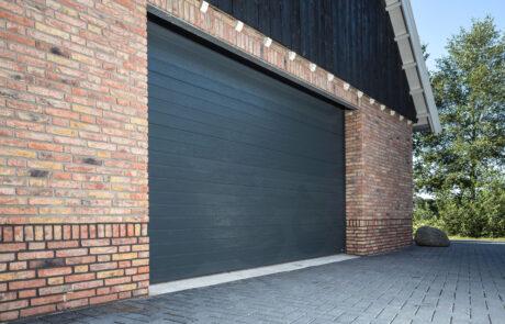 Sectionaaldeuren op maat bij Van Ewijk Zonwering in Lelystad Dronten Swifterbant en Almere 8