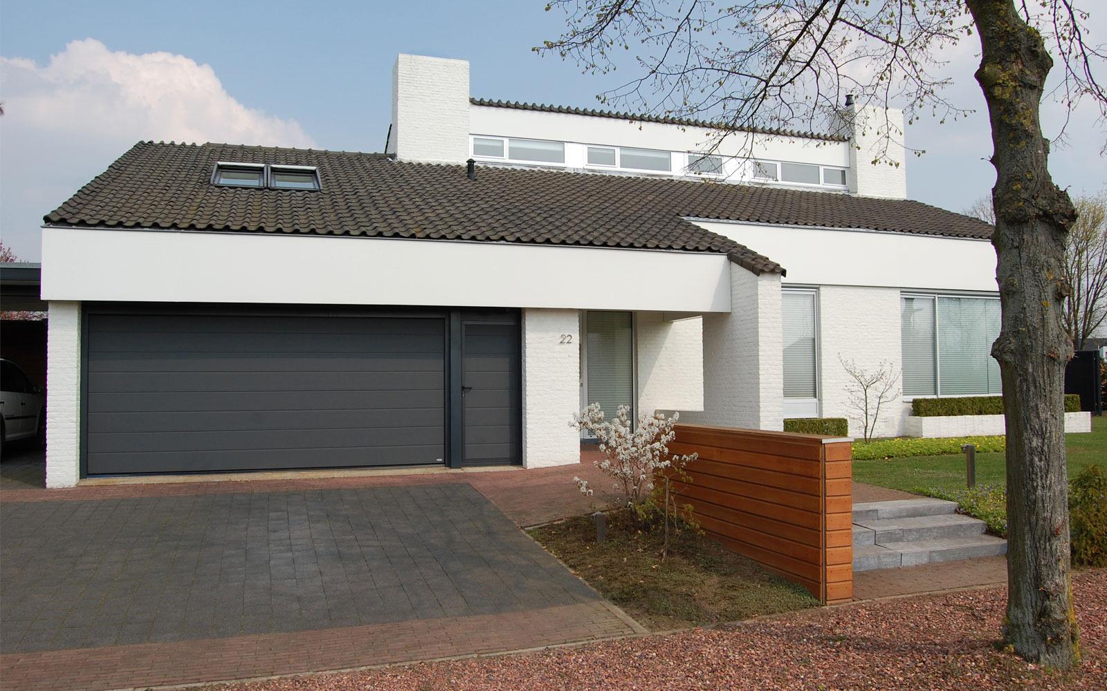 Sectionaaldeuren op maat bij Van Ewijk Zonwering in Lelystad Dronten Swifterbant en Almere 9