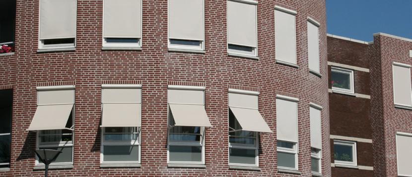 Uitvalschermen en markisolettes op maat bij Van Ewijk Zonwering in Lelystad Dronten Swifterbant en Almere 10