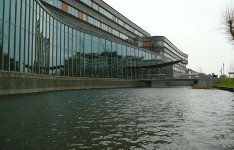 Van Ewijk Zonwering Projectzonwering en Provinciehuis FLevoland in Lelystad scaled