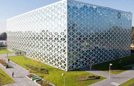 Van Ewijk Zonwering Projectzonwering en Windesheim Zwolle