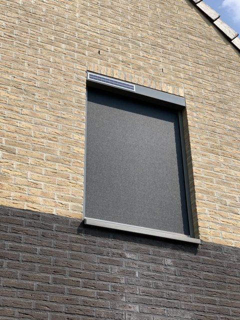 Zonwering zonne energie op maat bij Van Ewijk Zonwering in Lelystad Dronten Swifterbant en Almere 2