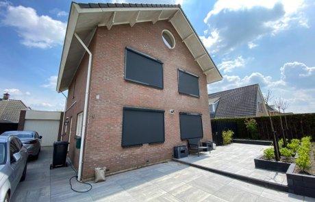 Zip screens op maat bij Van Ewijk Zonwering in Lelystad Dronten Swifterbant Biddinghuizen en Almere